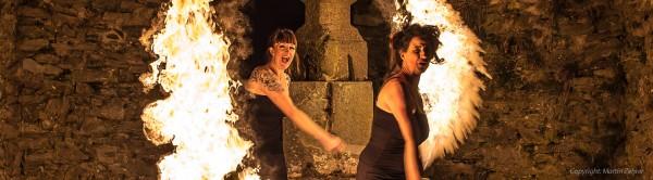 Eventagentur Firesmile: Feuershow und Feuertanz zu Ihrem Event